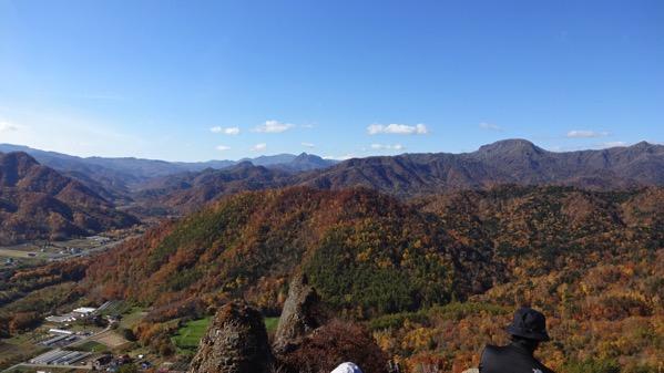 八剣山 観音岩山 紅葉 登山