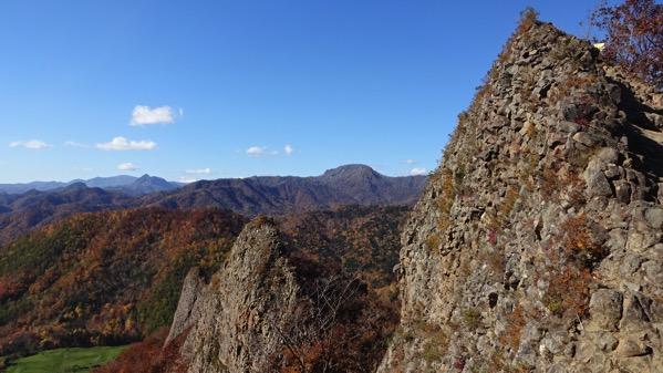 八剣山 観音岩山 岩場 登山
