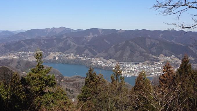 石老山 融合平展望台 相模湖