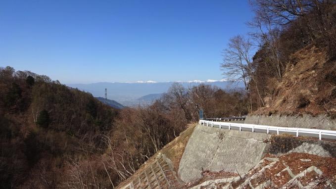 上日川峠 林道