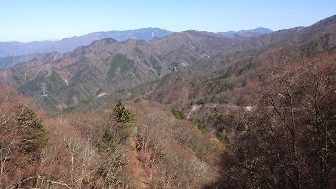 柳沢峠方面