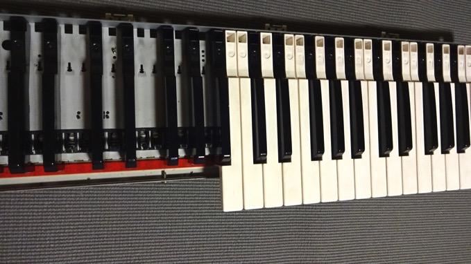 KORG 01/w fs鍵盤