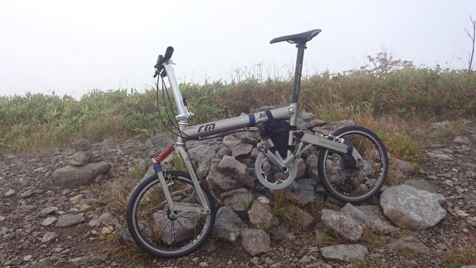 横津岳 山頂 自転車