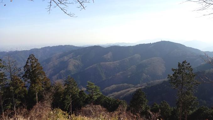 景信山 登山 ハイキング 山頂 展望