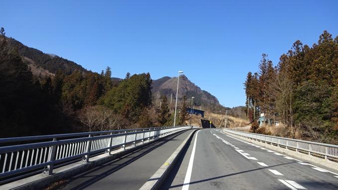 四阿屋山 登山 自転車