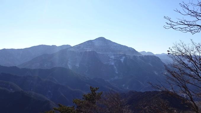 日向山 登山 ハイキング 芦ヶ久保 武甲山