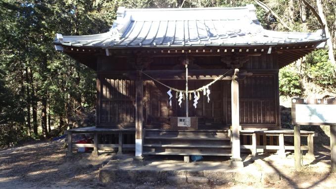 晃石 神社