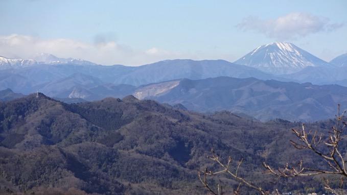 青竜ケ岳 山頂 男体山