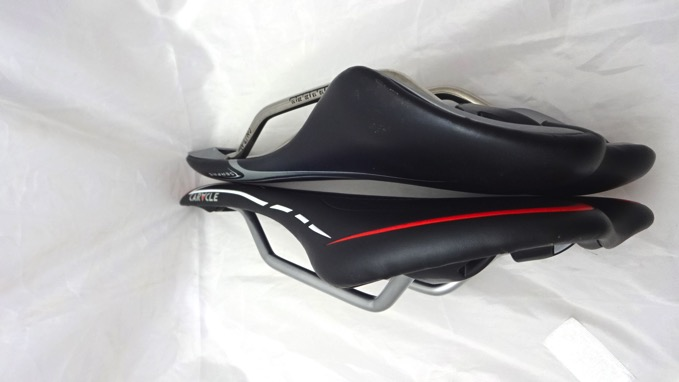 SERFAS STINGER RACE RS velo caracle-s