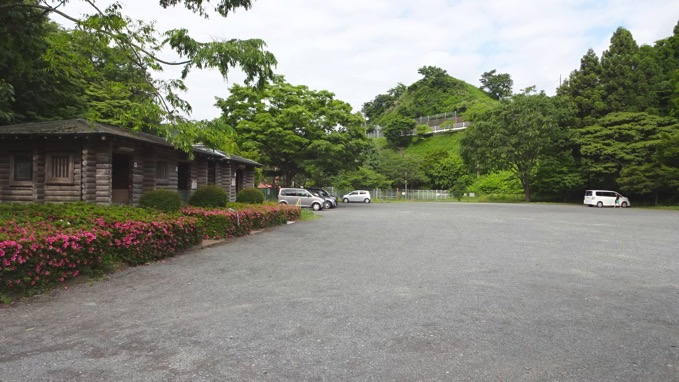 草戸山駐車場
