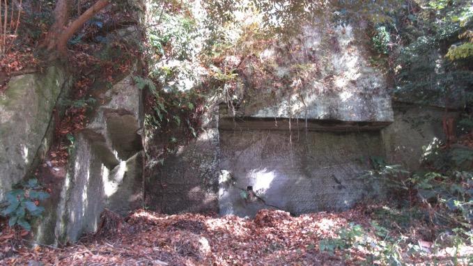 池子石 石切り場跡