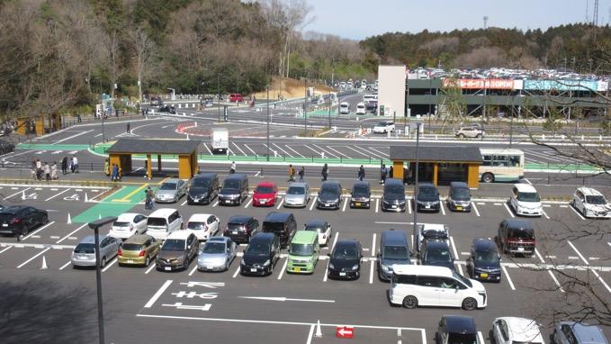ムーミンバレーパーク 駐車場