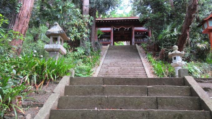 与瀬神社 山門