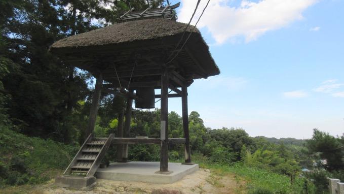 正法寺の鐘楼